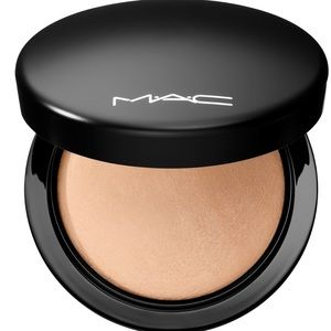 MAC Mineralize Skinfinish Natural - Medium Plus